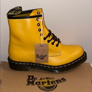 Dr. Martens 1460 Smooth Yellow Combat boots BNWT